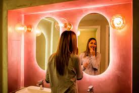 Lights For Makeup Tutorials The Best Lighting For Makeup Application