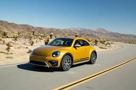 2018 volkswagen beetle. simple volkswagen 2016 volkswagen beetle dune front three quarter in motion with 2018 volkswagen beetle