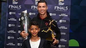 Manchester United: Nach Verpflichtung von Cristiano Ronaldo - auch CR  junior wird ein Red Devil - Eurosport