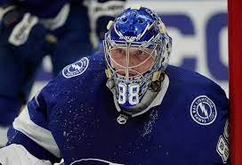 Tampa Bay Lightning advance to second ...
