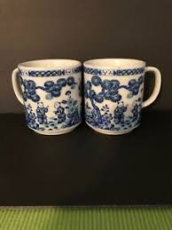 Hearts card game queen of hearts card best coffee mugs. Two Vintage Coffee Mugs Cups Japanese Figures Scene Made In Japan Blue White Ebay
