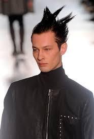 Capelli Uomo 10 Trend Dalla Parigi Menswear Fashion Week