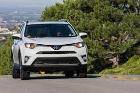 2017 Toyota RAV4 Platinum: Review - Autoweb