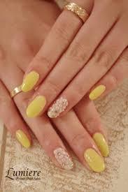 パステルイエローネイル 花柄ネイルpastel Yellow Nails Nails2019