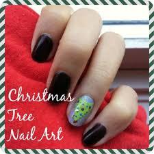 Nail Art How-to: Christmas Tree - College Fashion