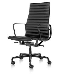 hermanmiller eames aluminum group executive chair the century house madison wi