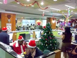 Office christmas decorating themes Award Winning Christmas Office Decorations Ideas For Office Christmas Decorations Themes Neginegolestan Christmas Office Decorations Ideas For Office Christmas Decorations