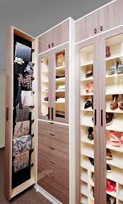 custom walk in closet finished in high gloss
