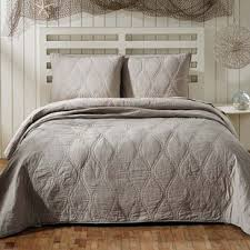 Quilts & Coverlets You'll Love | Wayfair & Save to Idea Board Adamdwight.com