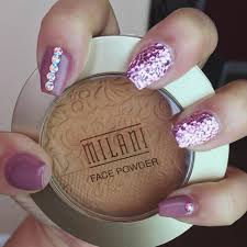 56 Easy Glitter Nail Design Ideas for Sporting the Cool Look ...
