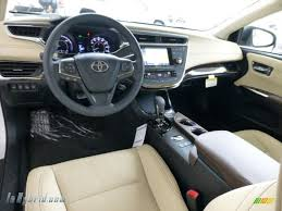 2013 Toyota Avalon Hybrid Limited in Blizzard White Pearl photo ...