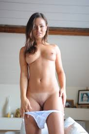 Nude brunette pictures free