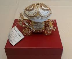 Kingspoint Designs Trinket Box Kingspoint Designs 9633 Paganini Genuine Goose Egg Musical