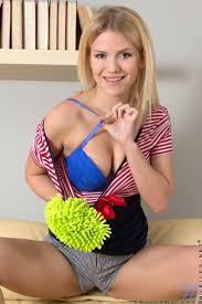 Nubiles Brittany Xxx Stunning Blonde Spreads Open Her Soft.