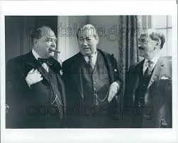 Wensley Pithey D Waller P Troughton Edward & Mrs Simpson TV Press Photo    eBay