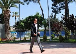 """lamloma on Twitter: """"واثق الخطوة يمشي أسدا صورة للرئيس اﻷسد اليوم اثناء  وصوله لمدارس ابناء الشهداء http://t.co/OcKdx0GqZv"""""""