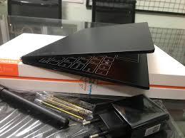 Máy tính bảng Lenovo Yoga book, Atom X5-Z8550 ram 4gb SSD 64GB, 10 inch, win  10 bản quyền- Full box