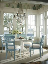 Image of: Farmhouse Style Chalk Paint Dining Room Table