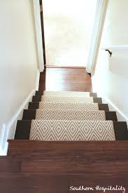4 Den Stairs Down