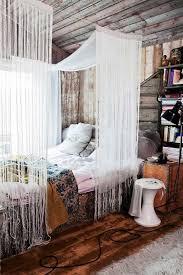 AD-DIY-Bed-Canopy-5
