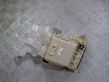toyota yaris fuses fuse boxes toyota yaris 2006 2007 2008 2009 2010 2011 fuse box 82730 52700