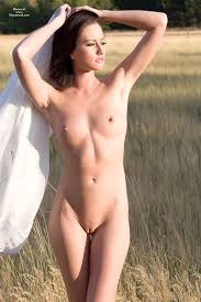 Images of nude sexy woman