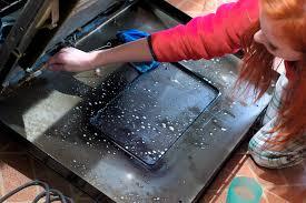 clean between oven door glass slayathomemother com