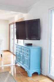 how to hang a tv on a wall so it swivels for better viewing