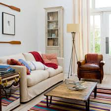 small retro living room decorating ideas with stripes rugs