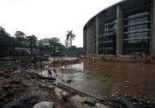 It is one among the newly developed complexes and fulfills all the necessary. Cost Of Yamuna Sports Complex For Cwg Jawaharlal Nehru Stadium Delhi Wikiwand As Cwg Nears Payoffs And Bribes Reveal A Cynical And Defensive Administration Plagued By Corruption