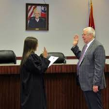 Crossville police chief sworn in during ceremony