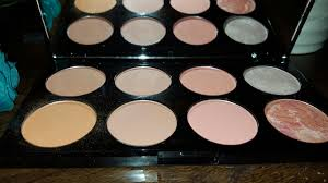 contour image make up revolution hot e blush palette makeup revolution ultra bronze paleta bronzerów all makeup revolution golden sugar review