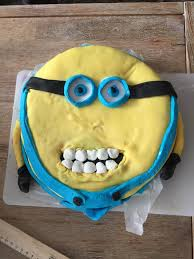 Minions Cakes Or Why Does God Hate Us Cookywooks Blog