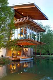 Very modern lake house