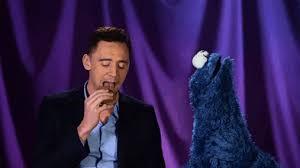 cookie monster tom hiddleston gif. Modren Cookie Tom Hiddleston Cookie Monster With Cookie Monster Tom Hiddleston Gif E