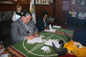 """FEMA Region 7 on Twitter: """"Tribal Chairman Larry Wright Jr. And Federal  Coordinating Officer Constance Johnson-Cage signed historic agreement  yesterday between @fema and the Ponca Tribe of #Nebraska as a direct  recipient"""