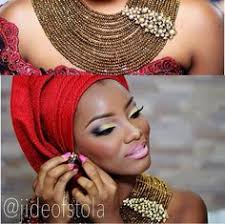 i love this colorful make up look this is perfect for the traditional enement