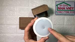 Hướng dẫn sử dụng đèn LED pin sạc tự động tắt mở dán tường - YouTube
