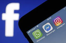 Apps Using Apple Revokes Developmental Credentials Facebook Ios Apps Fortune
