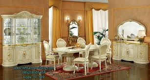 expensive wood dining tables. An Italian Dining Room Is Always Associated With Classics And A Certain Pathos, Its Size Can Not Be Small. Similarly, Furniture Expensive Wood Tables E