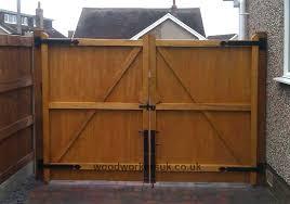 build a driveway gate hardwood driveway gates building driveway gate wood