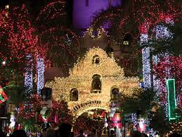 Festival Of Lights At The Mission Inn Riverside Thousands Head Downtown For Riversides Festival Of Lights