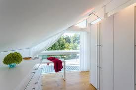 Der wald ist auf (der berg) hinter (die autobahn). Raume Mit Dachschragen Ideen Fur Mobel Wande Mehr Schoner Wohnen