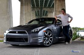2015 Nissan GT-R – Living With A Supercar