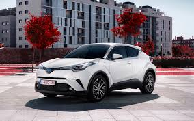 2018 toyota upcoming vehicles. perfect 2018 2018 toyota c hr hybrid european spec front thr hybridee quarter with toyota upcoming vehicles l