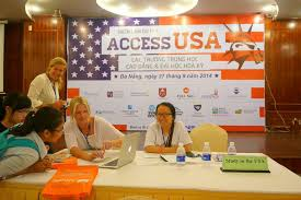 Study in the USA CEO Meets with International Students at Vietnam Fairs