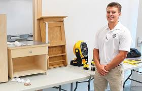 Norfolk grad excels in cabinetry at college | News | norfolkdailynews.com