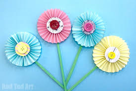 How To Make Origami Paper Flower How To Make Paper Flowers Step By Step With Pictures Red