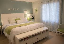 decorating tips how to decorate your bedroom on a budget you ideas to decorate