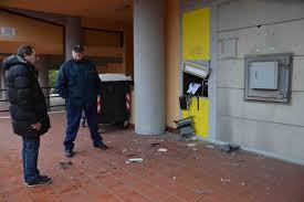 Frascati - Violenta esplosione nella notte: preso di mira il bancomat  dell'Ufficio Postale di Vermicino - Castelli Notizie